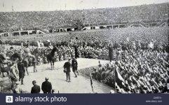 Mussolini stadium lo.jpg