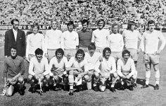 1971_Anglo-Italian_Cup_Winners_-_Blackpool_FC_(edited).jpg